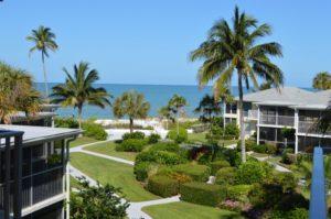 Bahama Club condominiums in Naples, FL