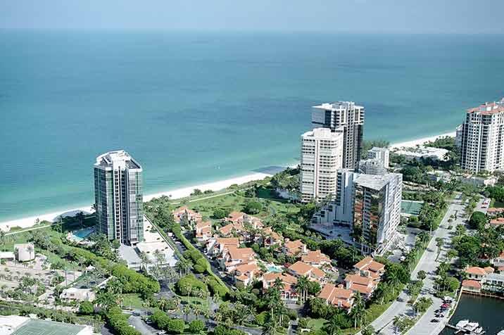 Villa Mare waterfront condos in Naples, FL