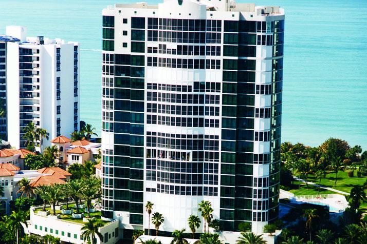 Le Ciel Venetian Tower waterfront condos in Naples, FL