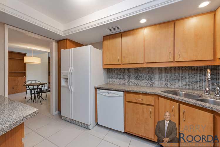 Jacaranda 19 kitchen view