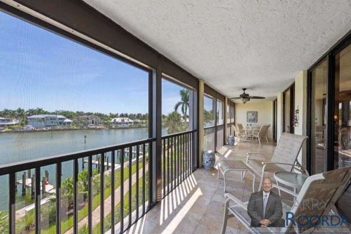 2400-gulf-shore-blvd-302-naples-fl-34103-patio2
