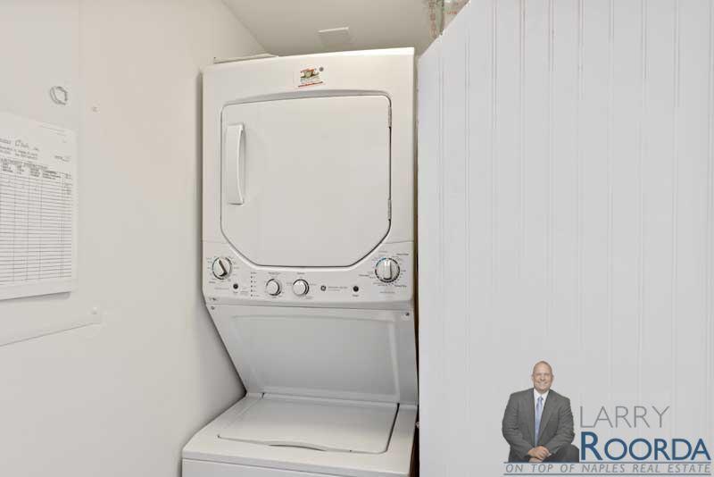 2900-gulf-shore-blvd-n-115-naples-fl-34103-laundry