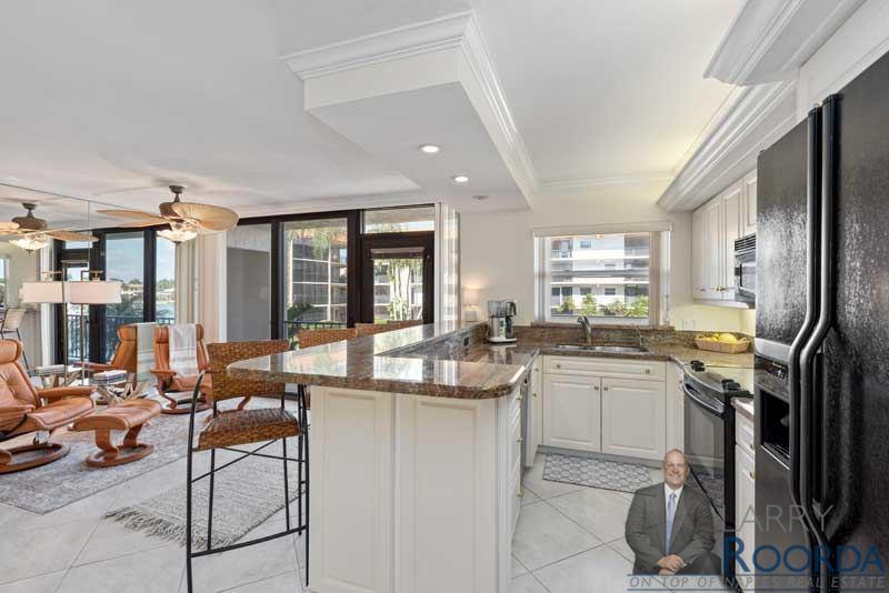 2900-gulf-shore-blvd-n-214-naples-fl-34103-kitchen