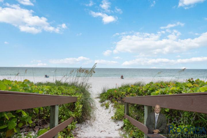 Beach access to Gulf